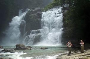 Cascade de Nauyaca costa rica voyage agence de voyage