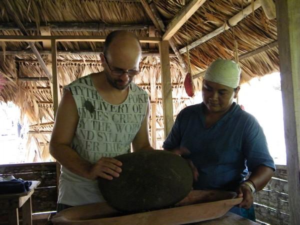 indigène Kekoldi Visite des Yorkin et préparation du chocolat artisanal avec du cacao bio