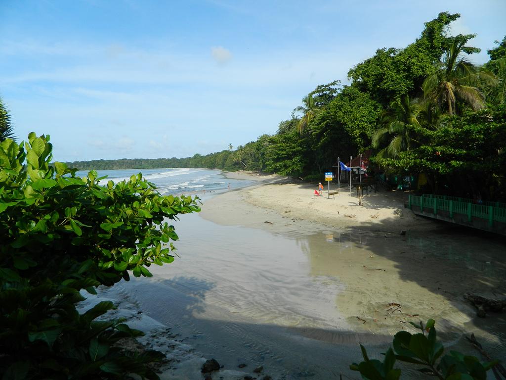 parc national de cahuita costa_rica_plage_limon_cahuita