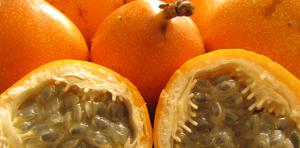 fruits incontournables au Costa Rica, granadilla, costa rica voyage, agence francophone, sur mesure