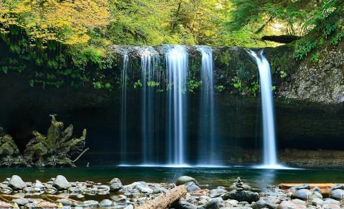 le tourisme bien-être au Costa Rica grâce aux cascades, costa rica voyage, agence francophone conçoit des voyages sur-mesure